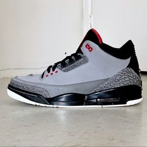 Nike Air Jordan 3 Retro Stealth sneakers